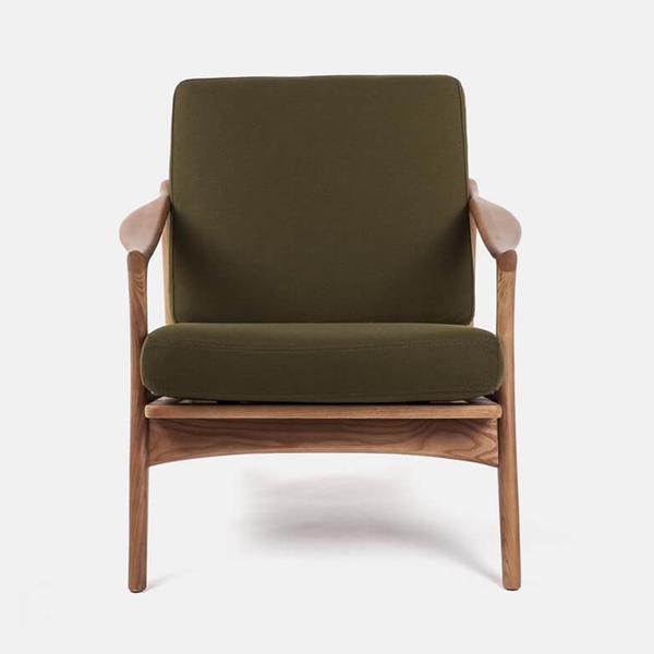 Wooden Chair - Virtualeap Ecommerce Web Design