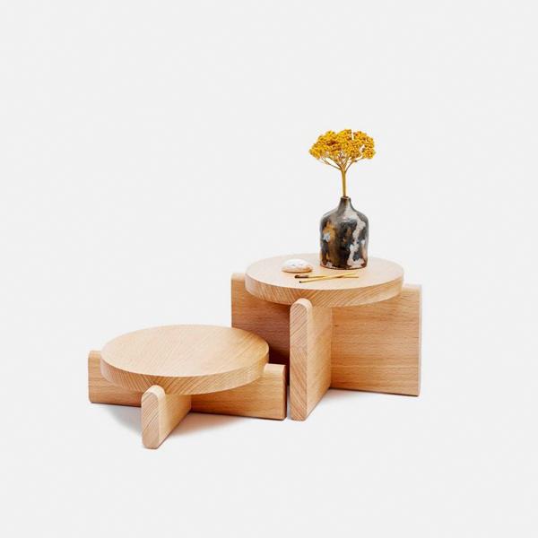 Wooden Table - Virtualeap Ecommerce Web Design